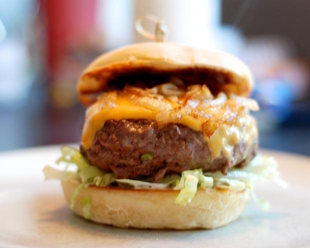 5 goda hamburgare till sommarens grillning