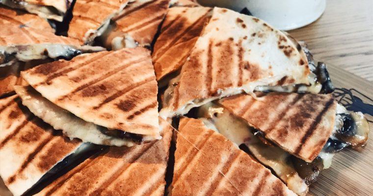 Norrländsk quesadilla med Västerbottensost