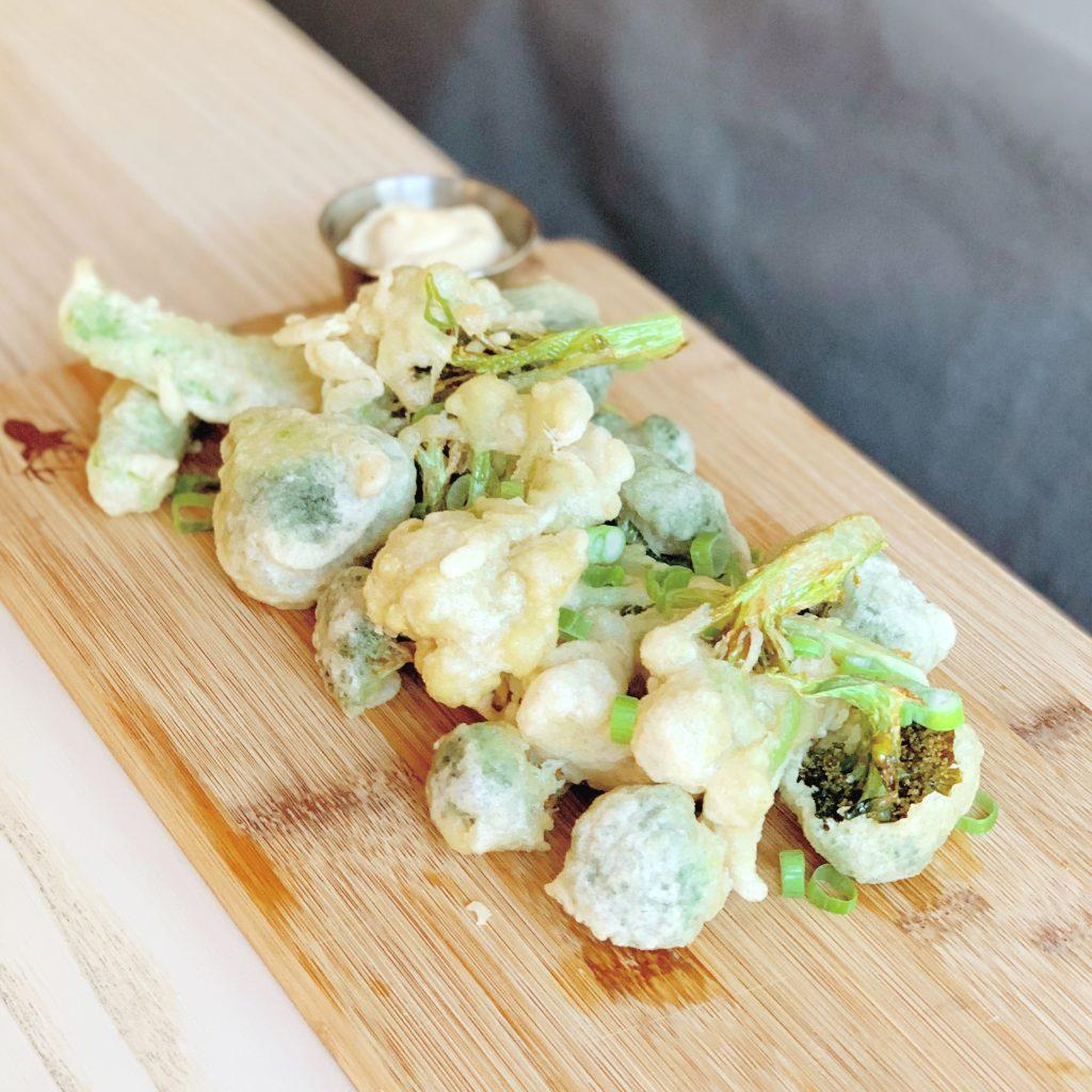 Friterad fioretto och friterad broccoli